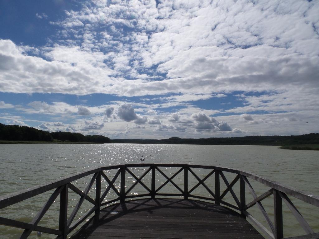 Ostseebad Binz - Der Schmachter See mit Wander- und Radwegen sowie dem Park der Sinne.    Weitere Fotos