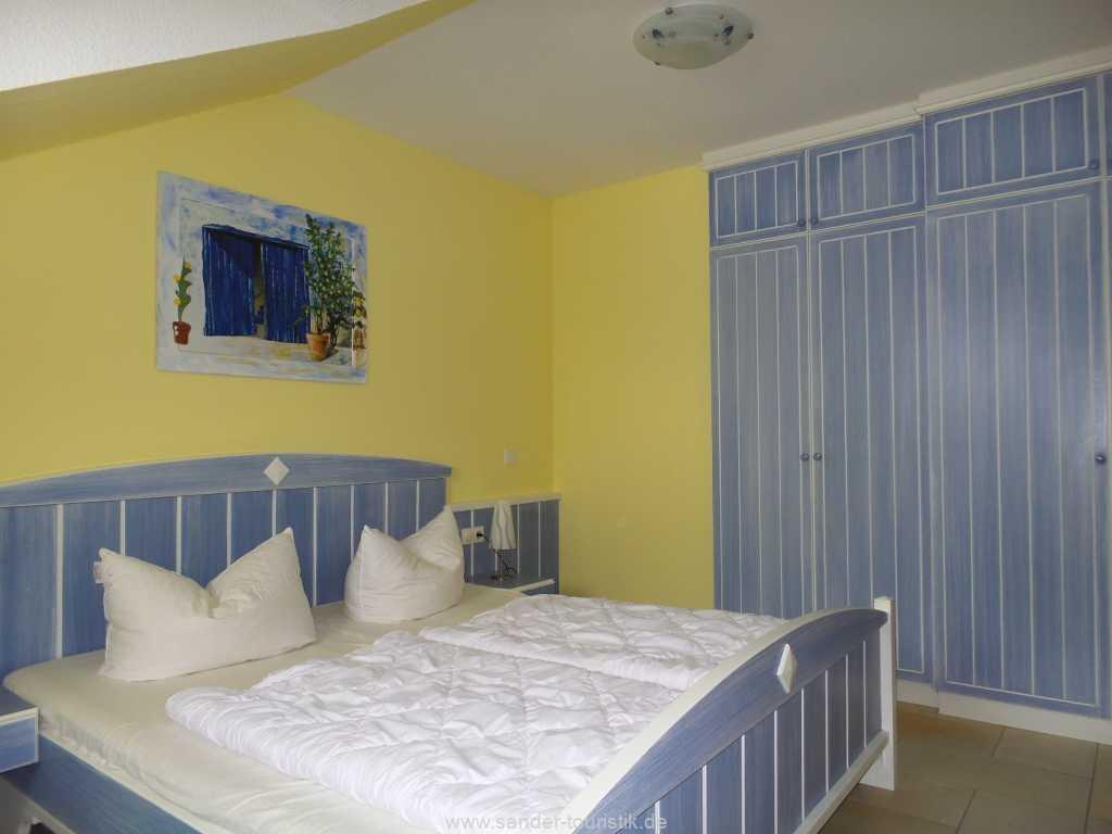 Foto der Wohnung RUG-10-003-19.villa-strandperle-binz-schlafzimmer1.jpg