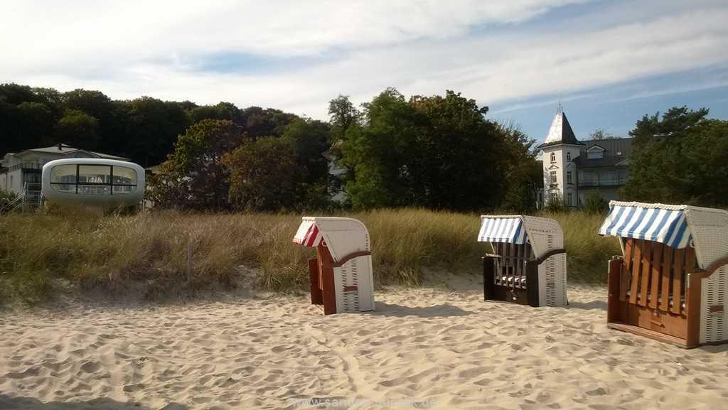 Blick vom Strand auf die Villa Stranddistel - Binz