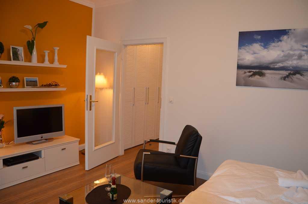 moderne Wohnung im Wohn-/Schlafbereich mit LED-Flachbildschirm - Villa Stranddistel - Binz