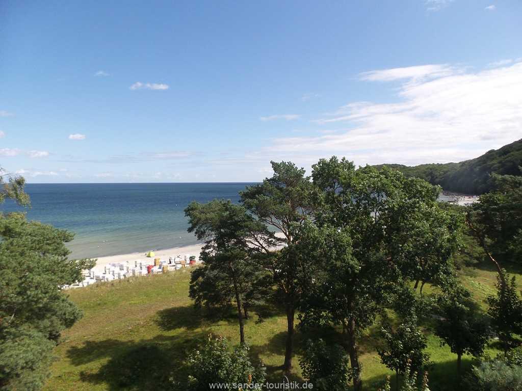 Foto der Wohnung RUG-10-011-01-villa-sirene-binz-aussicht-terrasse.jpg
