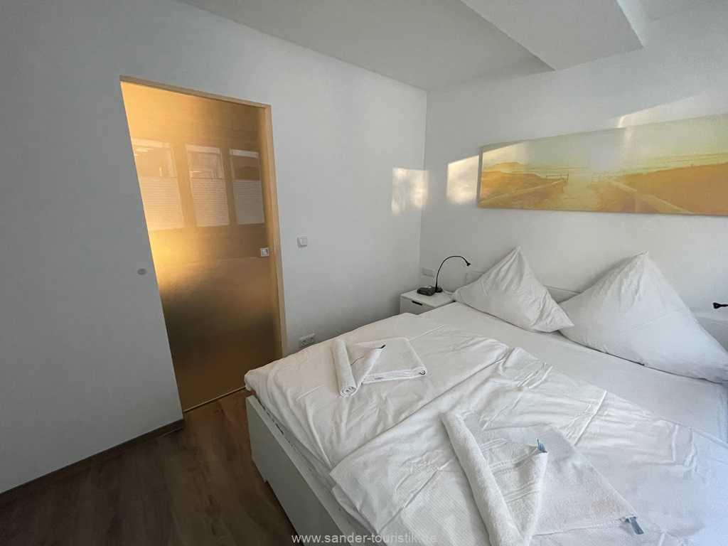 Foto der Wohnung RUG-10-011-01-villa-sirene-binz-schlafen1.JPG