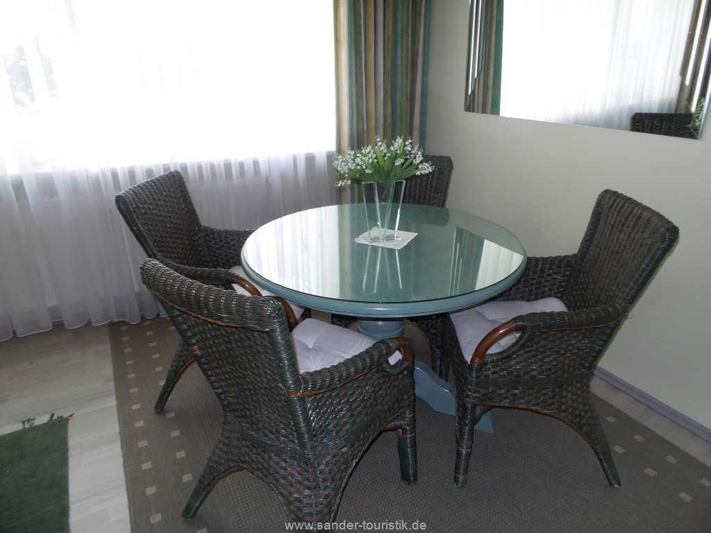 Esstisch für 4 Personen - Villa Sirene