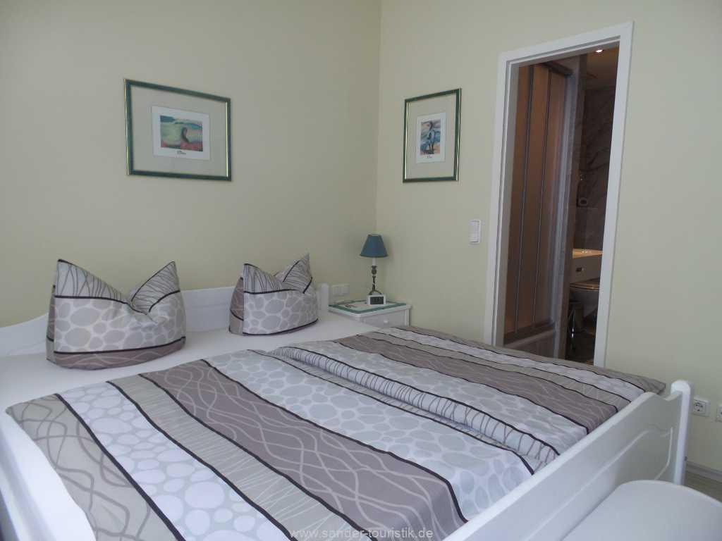 modernes Schlafzimmer- Villa Sirene