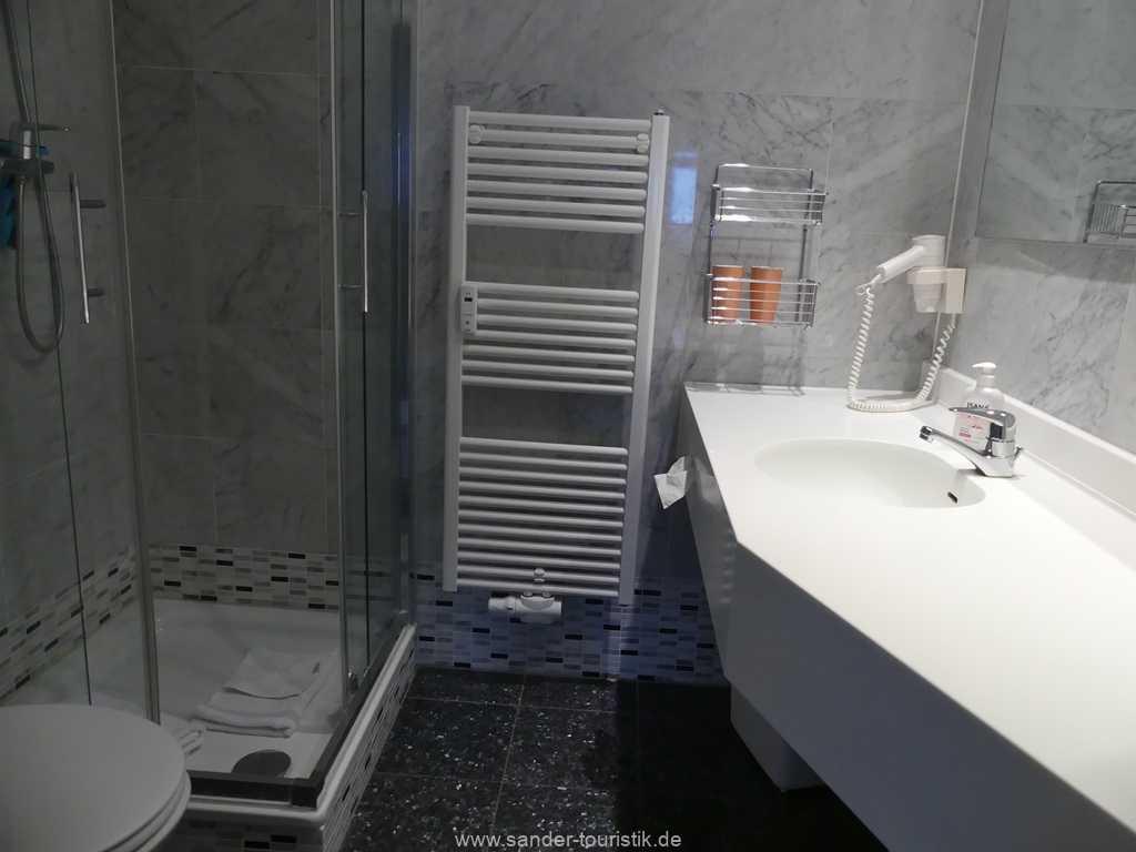 Foto der Wohnung RUG-10-011-13-villa-sirene-binz-badezimmer.jpg