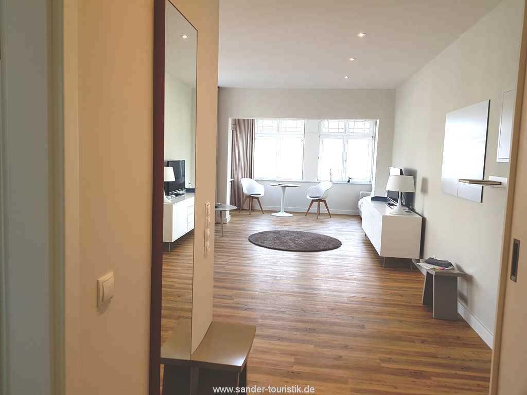 Foto der Wohnung RUG-10-011-19-villa-sirene-binz-wohnraum3.jpg