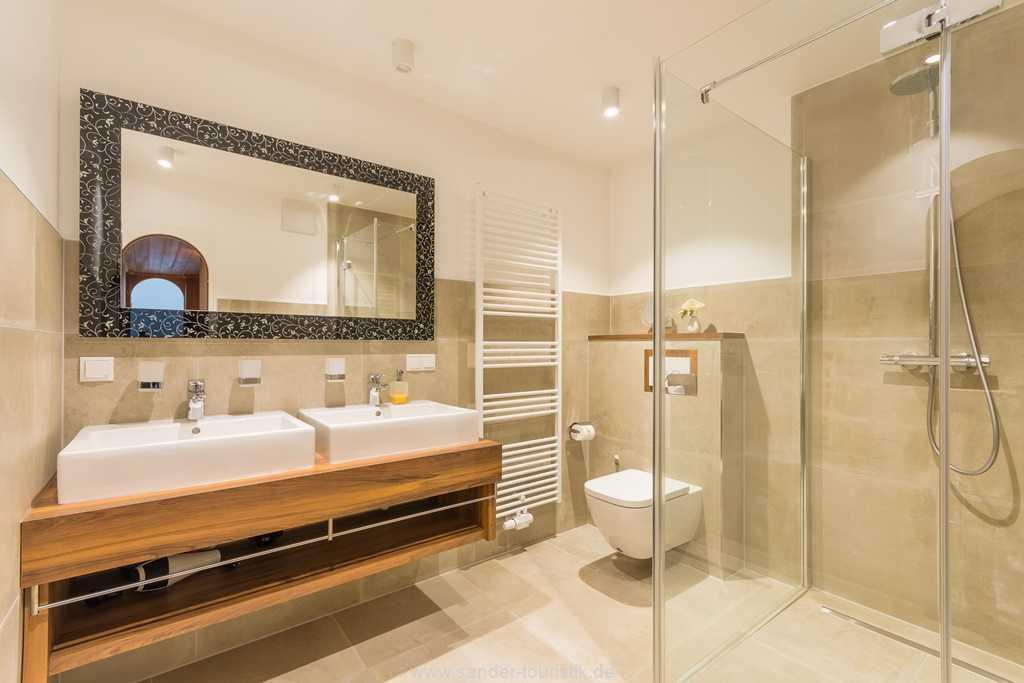 Foto der Wohnung RUG-10-016-31-villa-glueckspilz-binz-badezimmer.jpg