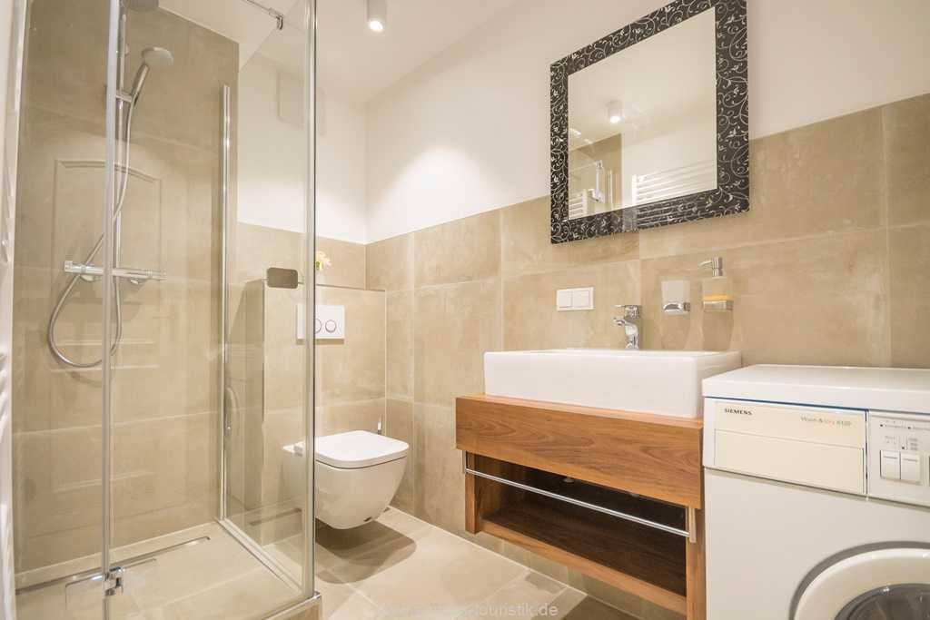 Foto der Wohnung RUG-10-016-31-villa-glueckspilz-binz-badezimmer2.jpg