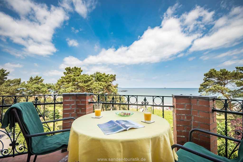 Foto der Wohnung RUG-10-016-31-villa-glueckspilz-binz-balkon.jpg