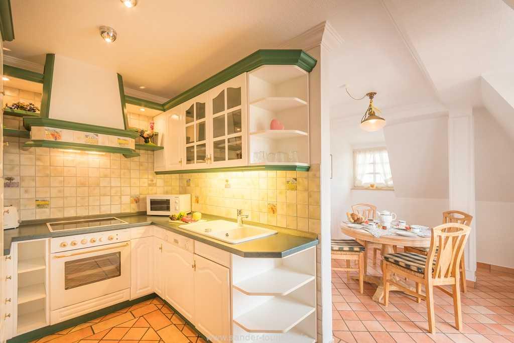 Foto der Wohnung RUG-10-016-31-villa-glueckspilz-binz-kueche.jpg