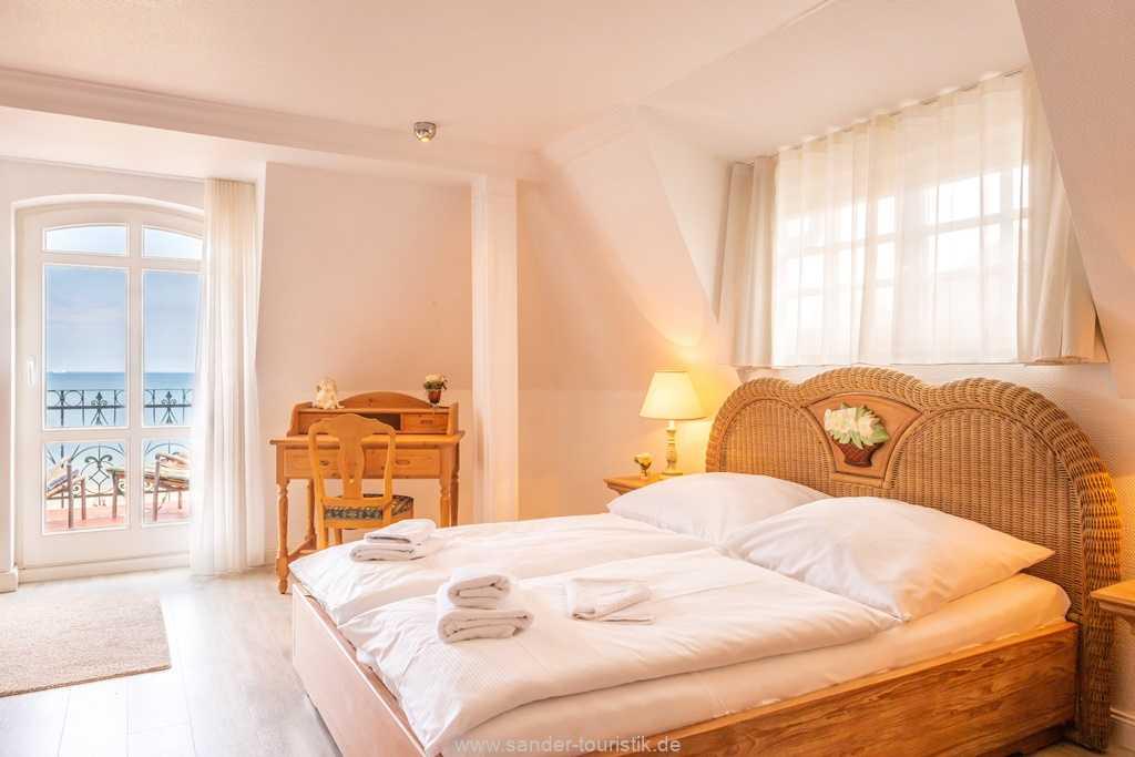 Foto der Wohnung RUG-10-016-31-villa-glueckspilz-binz-schlafzimmer1.jpg