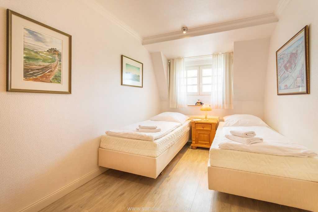 Foto der Wohnung RUG-10-016-31-villa-glueckspilz-binz-zweibettzimmer.jpg