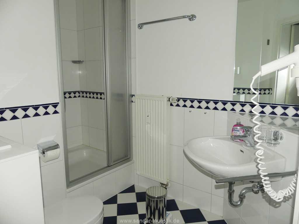 Foto der Wohnung RUG-10-017-03-villa-freia-binz-badezimmer.jpg