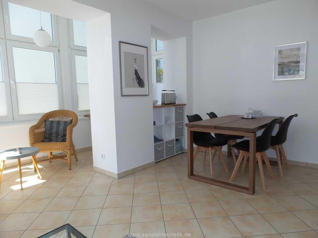 Foto der Wohnung RUG-10-017-03-villa-freia-binz-essecke.jpg