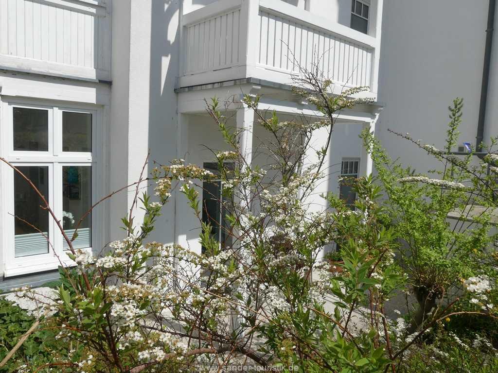 Foto der Wohnung RUG-10-017-03-villa-freia-binz-terrasse2.JPG