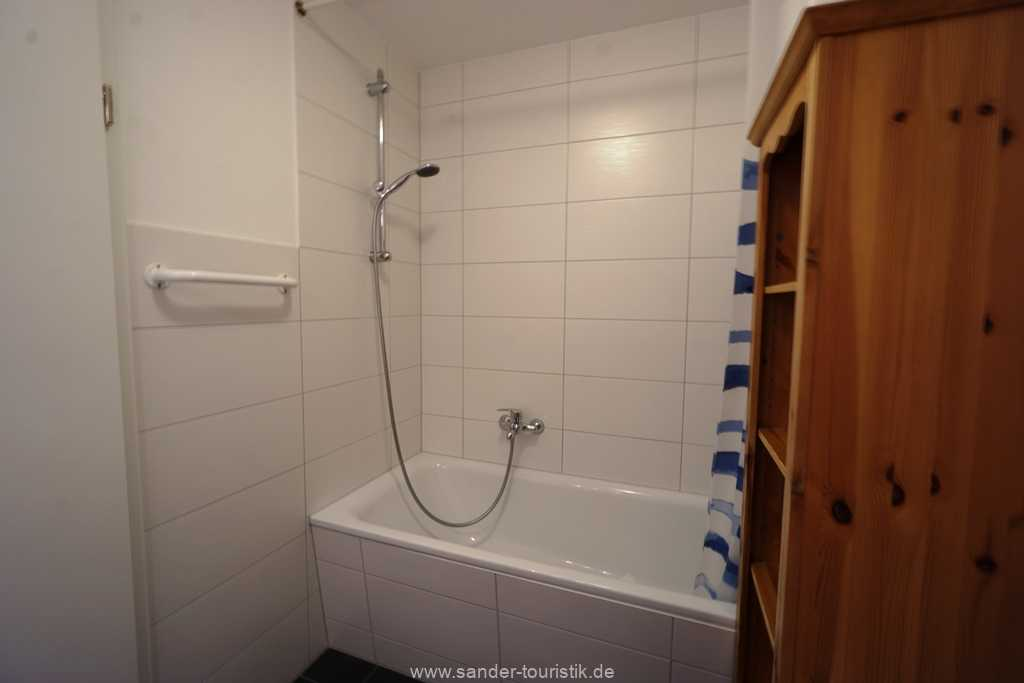 Foto der Wohnung RUG-10-021-01-villa-strandblick-binz-badezimmer1.JPG