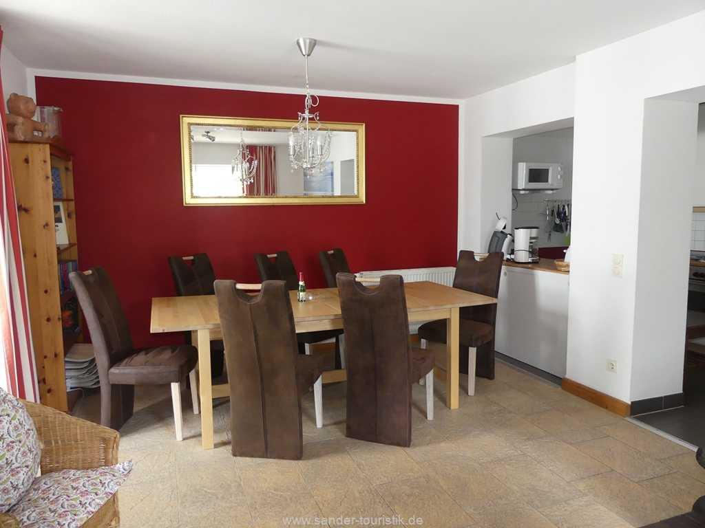 Foto der Wohnung RUG-10-021-01-villa-strandblick-binz-essecke2.JPG