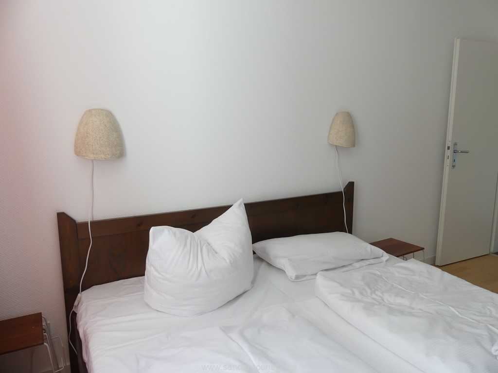 Foto der Wohnung RUG-10-021-01-villa-strandblick-binz-schlafzimmer1.JPG