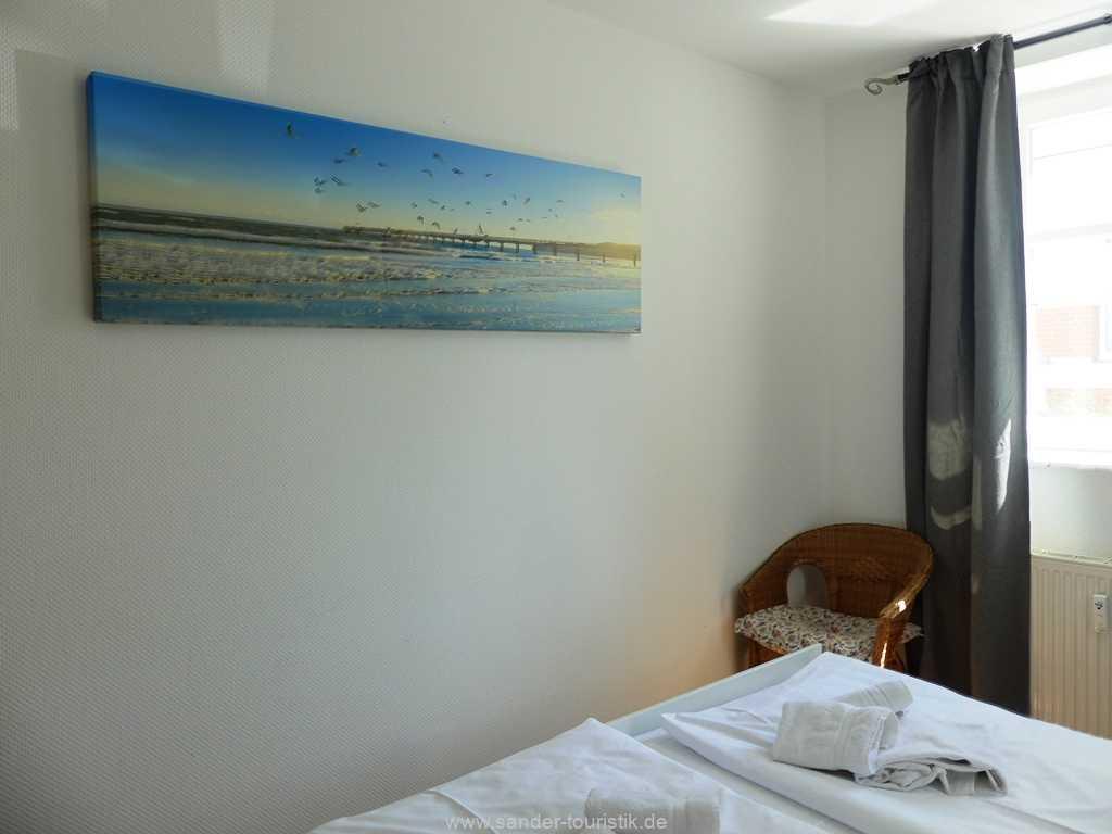 Foto der Wohnung RUG-10-021-01-villa-strandblick-binz-schlafzimmer4.JPG