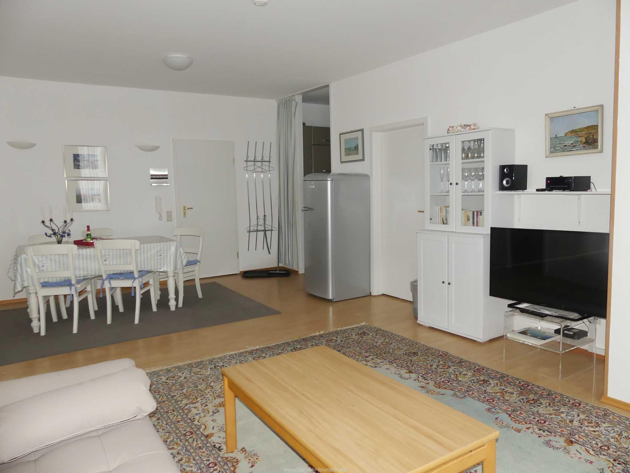 Blick ins Wohnzimmer, Villa Strandblick 06
