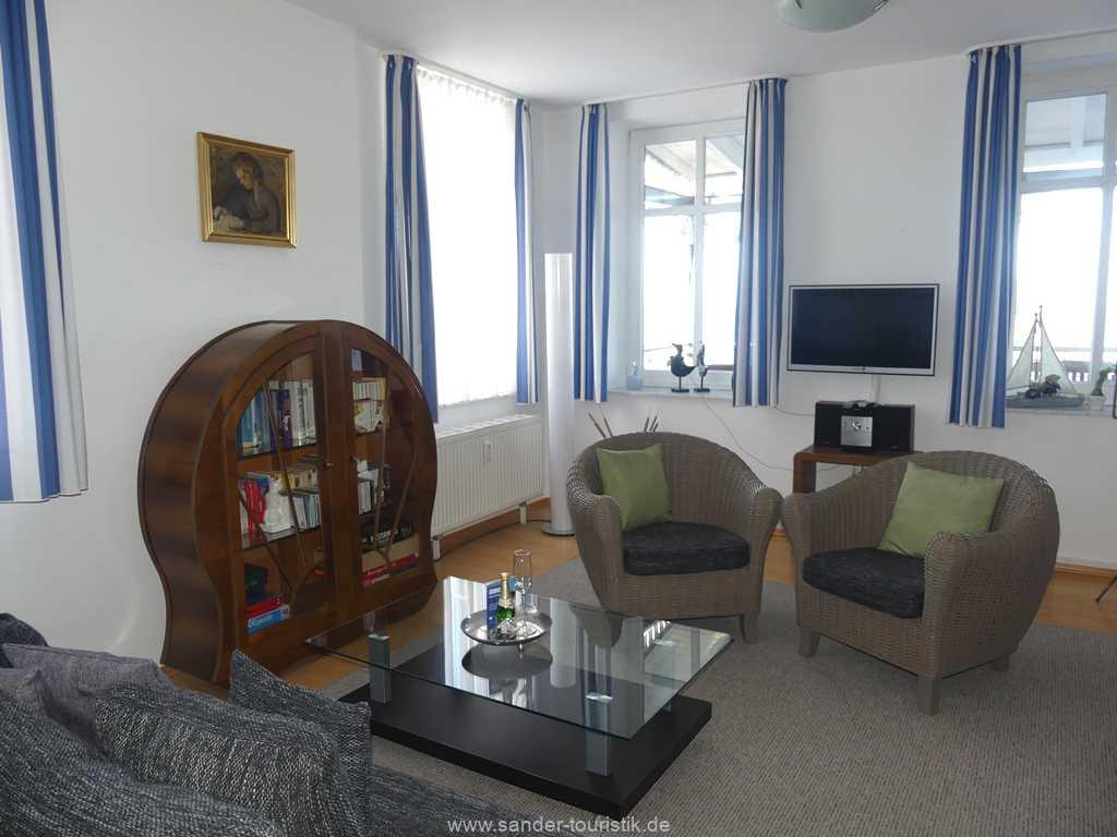 Foto der Wohnung RUG-10-021-09-villa-strandblick-binz-TV.JPG