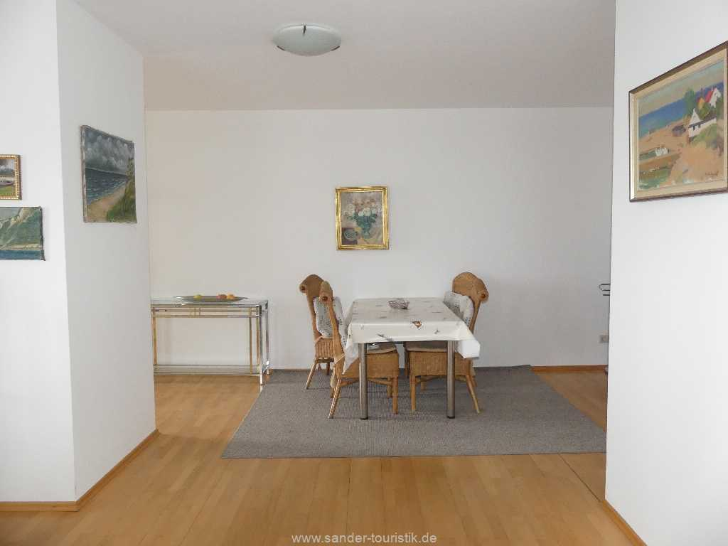 Foto der Wohnung RUG-10-021-09-villa-strandblick-binz-essecke.jpg