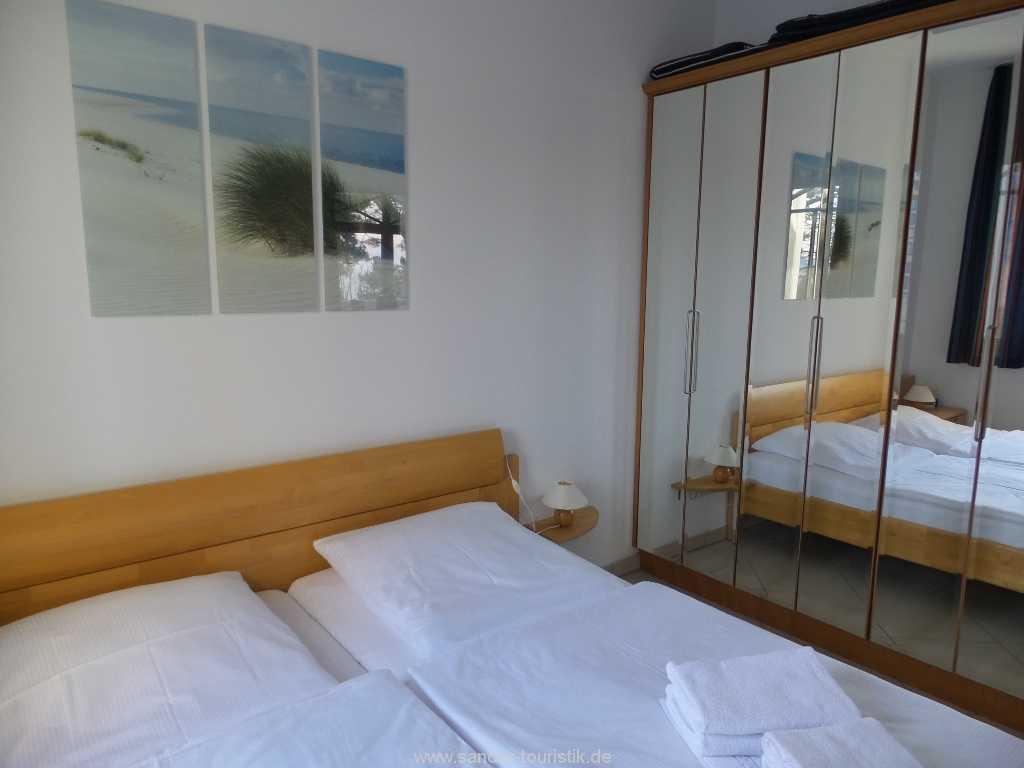 Foto der Wohnung RUG-10-036-08-villa-strandburg-binz-schlafen1.jpg