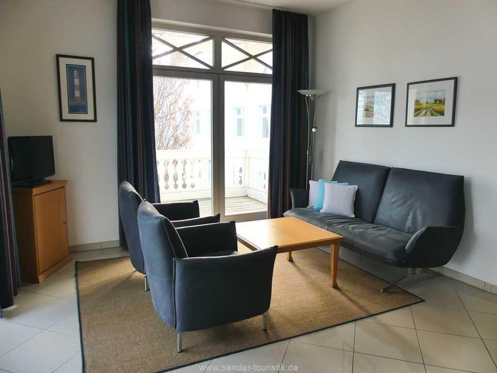Foto der Wohnung RUG-10-036-08-villa-strandburg-binz-sitzecke.JPG
