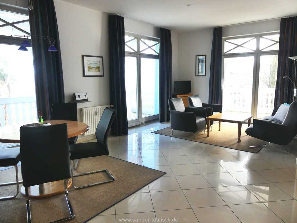 Foto der Wohnung RUG-10-036-08-villa-strandburg-binz-wohnenraum1.JPG