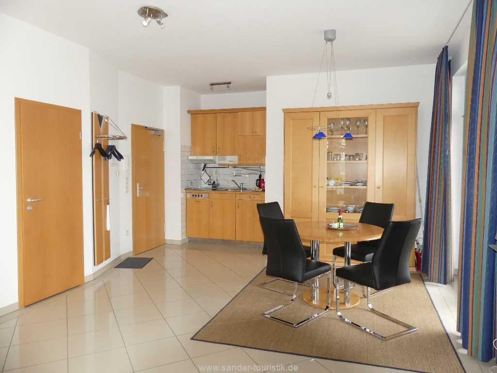 Foto der Wohnung RUG-10-036-08-villa-strandburg-binz-wohnenraum2.JPG