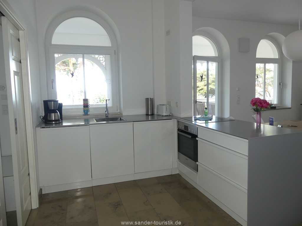 Foto der Wohnung RUG-10-044-05-villa-seeblick-kueche1.jpg