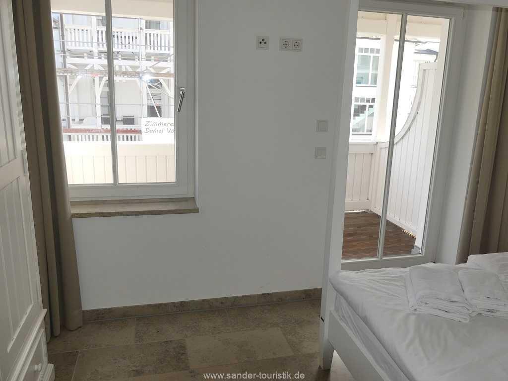 Foto der Wohnung RUG-10-044-05-villa-seeblick-schlafzimmer1.jpg