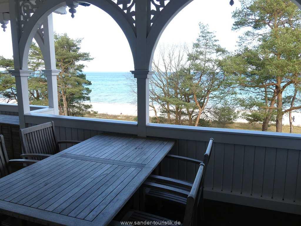 Foto der Wohnung RUG-10-044-09-villa-seeblick-balkon.jpg
