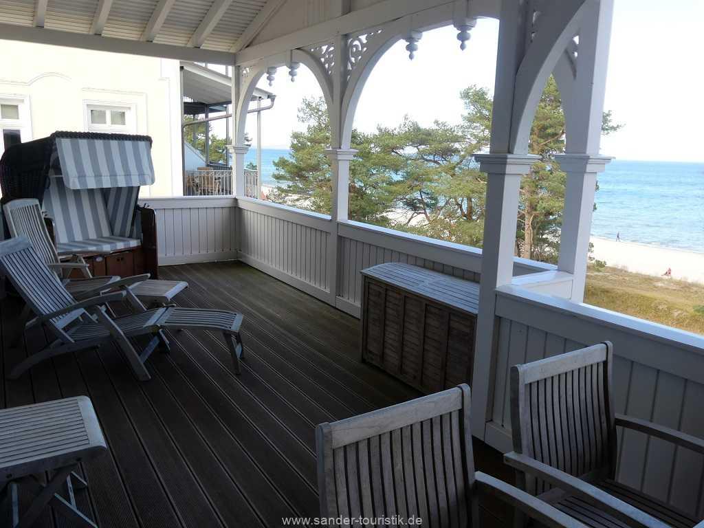 Foto der Wohnung RUG-10-044-09-villa-seeblick-balkon1.jpg