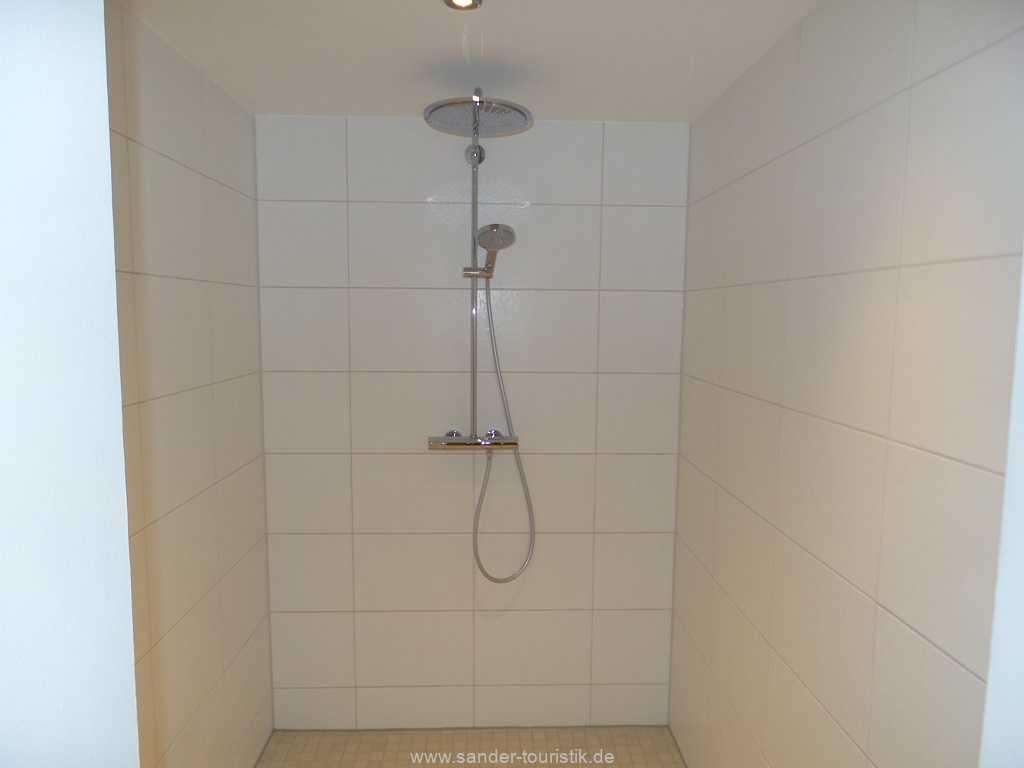Foto der Wohnung RUG-10-044-09-villa-seeblick-saunadusche.jpg