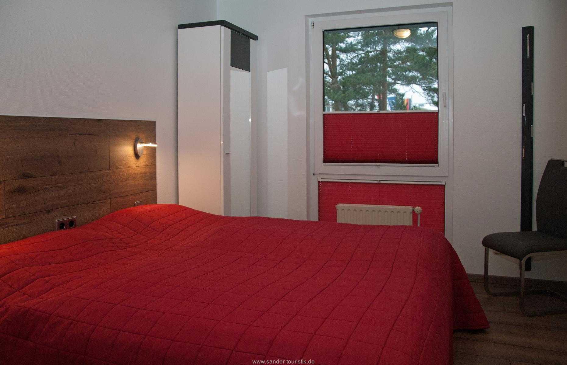2.Schlafzimmer mit Doppelbett, Strelasund 9