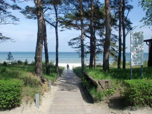Vom Haus gibt es einen direkten Zugang zum Ostseestrand