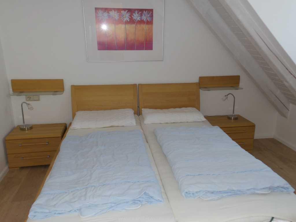Schlafzimmer mit Doppelbett, Strelasund 23