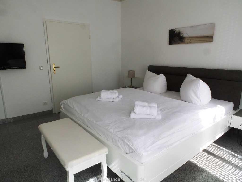Foto der Wohnung RUG-11-003-01-villa-vergissmeinnicht-binz-schlafen6.jpg