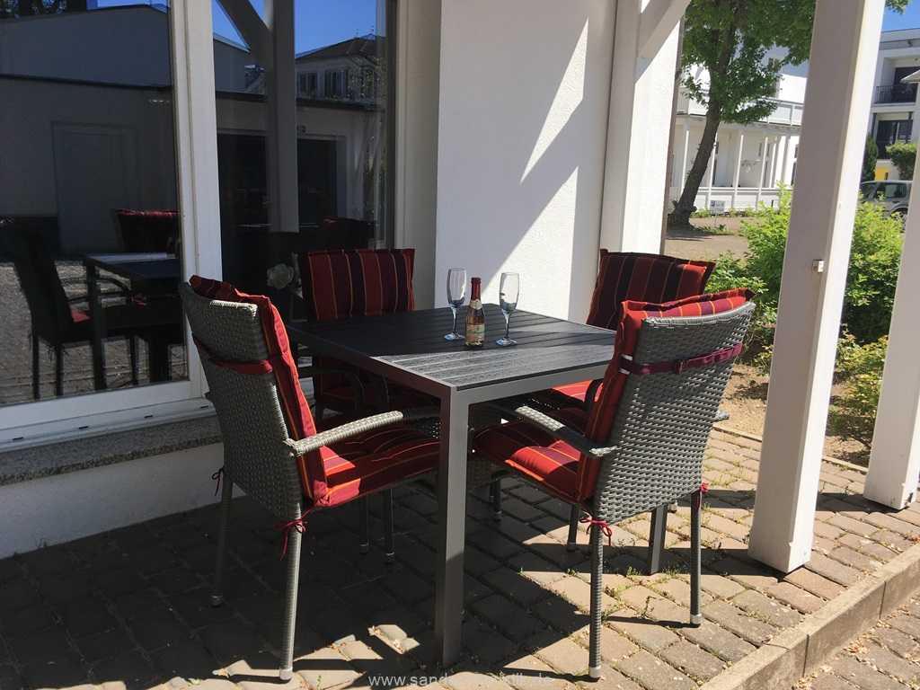 Foto der Wohnung RUG-11-005-02-villa-jugendglueck-binz-terrasse.JPG