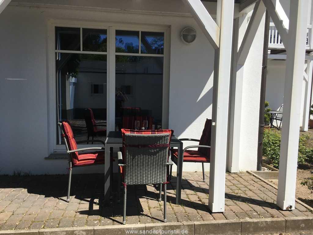 Foto der Wohnung RUG-11-005-02-villa-jugendglueck-binz-terrasse1.JPG