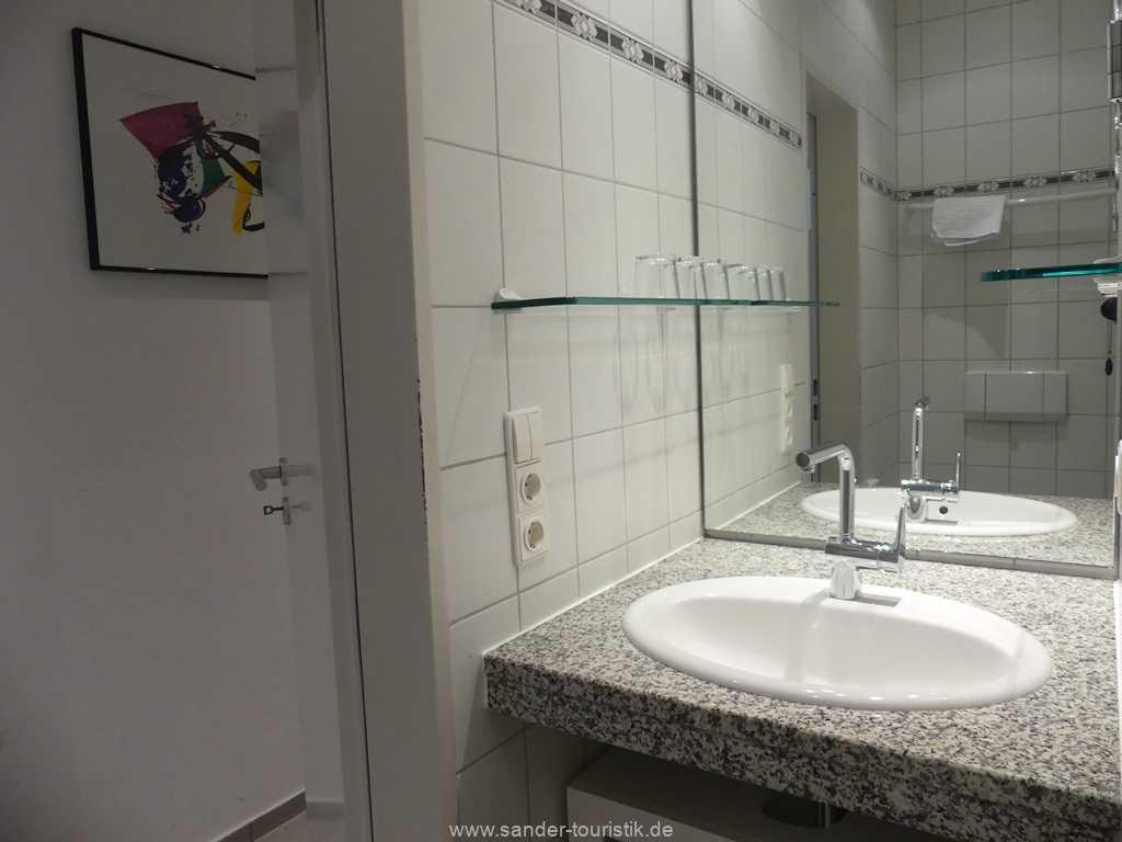 Foto der Wohnung RUG-11-007-02-haus-liebeskind-binz-bad1.JPG