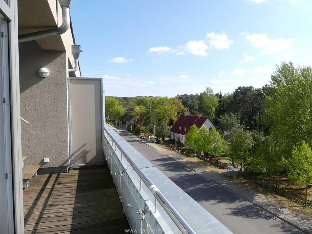 Südwest-Balkon mit Aufgang zur Dachterrasse