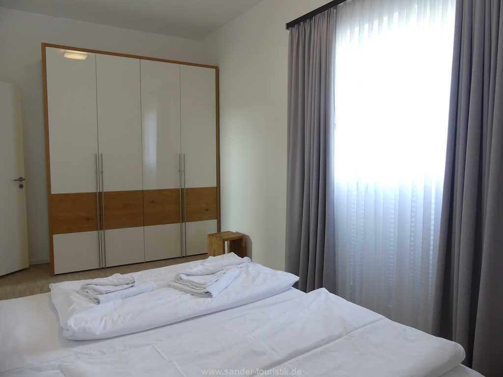 Foto der Wohnung RUG-11-013-03-duenenresort-binz-schlafen2.jpg
