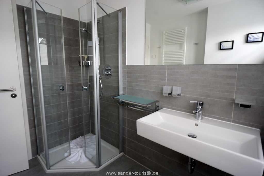 Foto der Wohnung RUG-11-013-19-residenz-margarete-binz-badezimmer1.jpg