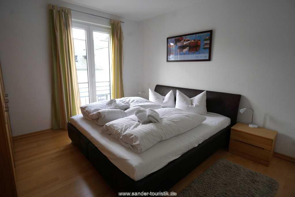 Foto der Wohnung RUG-11-013-19-residenz-margarete-binz-schlafzimmer.jpg