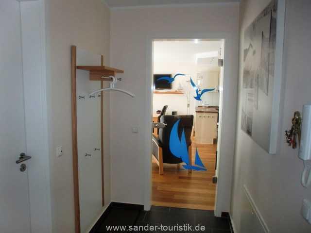 Foto der Wohnung RUG-11-013-21-residenz-margarete-binz-flur.JPG