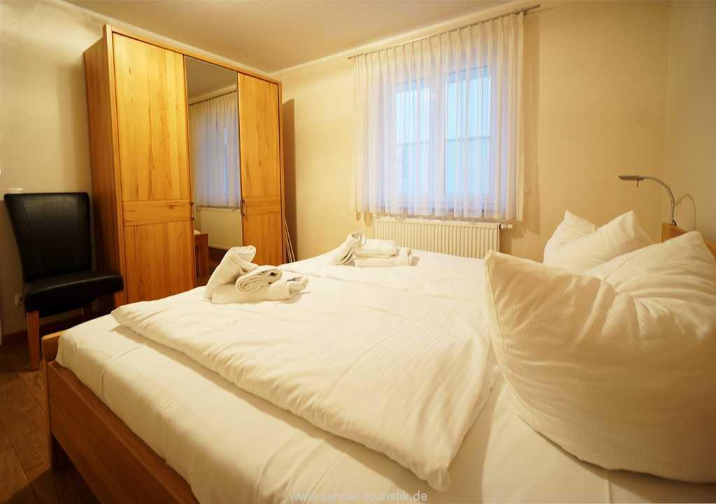 Foto der Wohnung RUG-11-013-21-residenz-margarete-binz-schlafzimmer.JPG