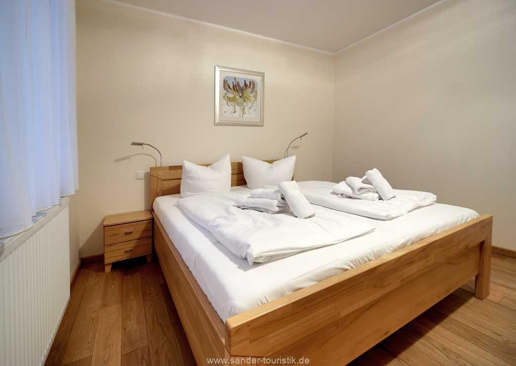 Foto der Wohnung RUG-11-013-21-residenz-margarete-binz-schlafzimmer1.jpg