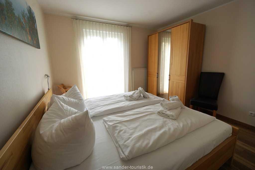 Foto der Wohnung RUG-11-013-21-residenz-margarete-binz-schlafzimmer3.jpg